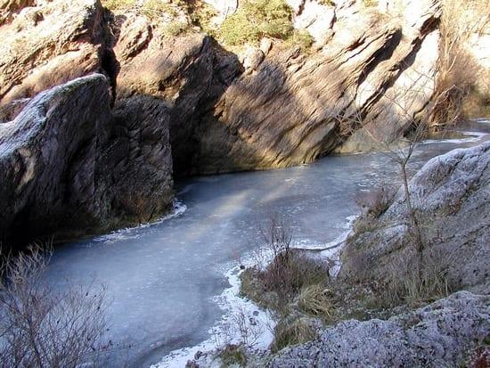 buca-del-diavolo-fersenone-inverno